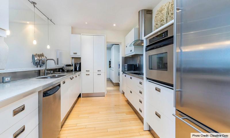 11-Key-Colony-III-Emerald-Bay-Kitchen