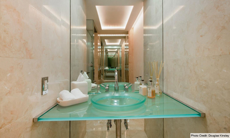 12-Ocean-Club-Club-Tower-III-Bathroom