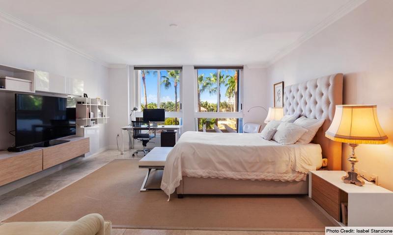 13-Ocean-Club-Lake-Tower-Bedroom