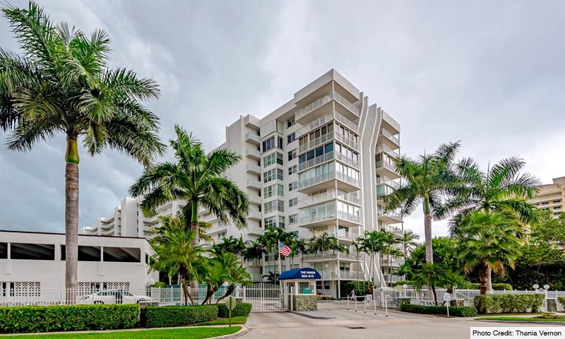 03-Sands-of-Key-Biscayne-Building