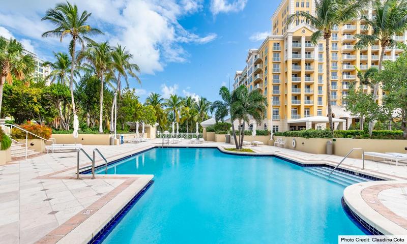 05-Grand-Bay-Residences-Pool
