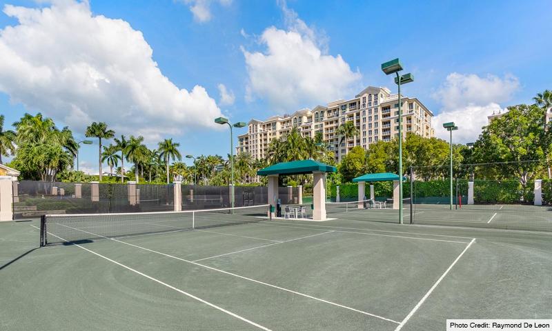 06-Grand-Bay-Residences-Tennis-Court