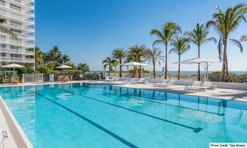 06-Sands-of-Key-Biscayne-Pool