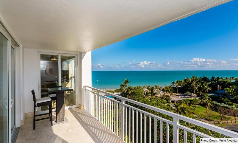 12-Sands-of-Key-Biscayne-Balcony
