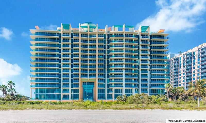 02-Il-Villaggio-Building