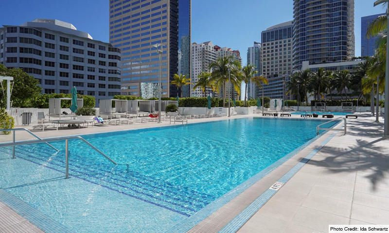 05-Plaza-on-Brickell-North-Pool