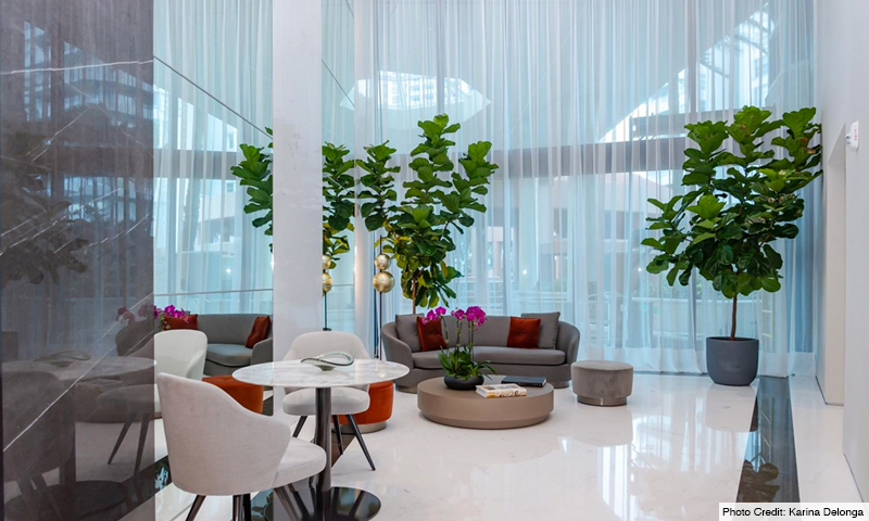 06-Portofino-Tower-Lobby