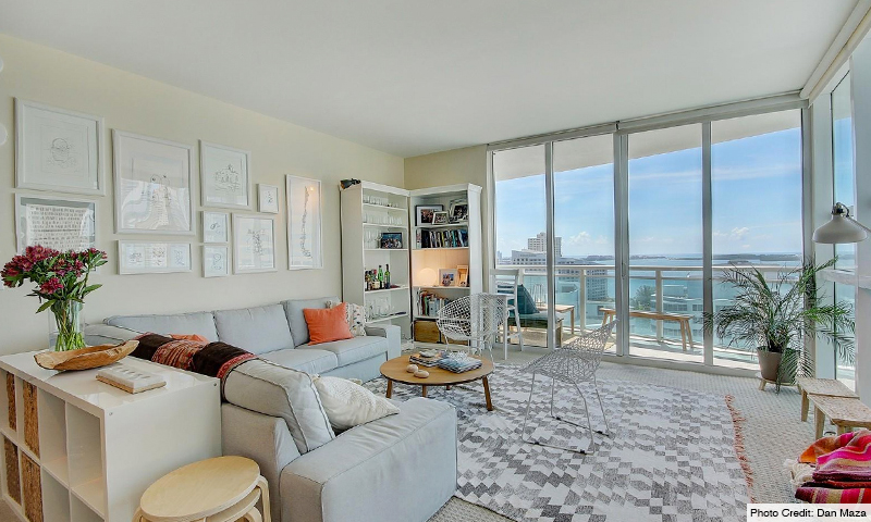 09-Plaza-on-Brickell-North-Living-Room