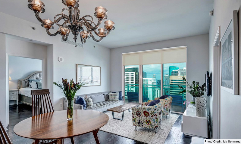 11-Plaza-on-Brickell-North-Living-Room