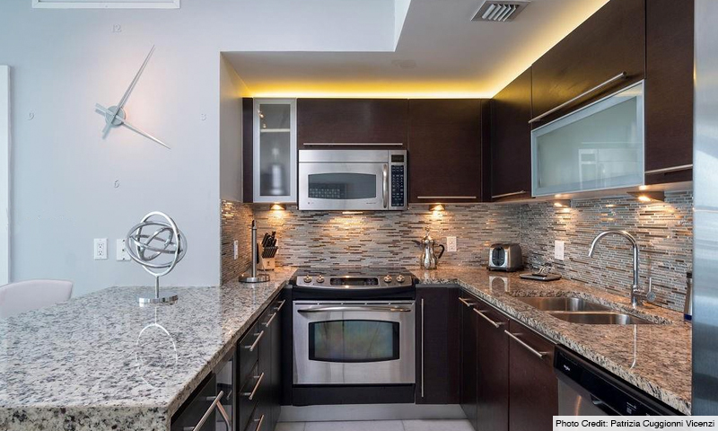 12-Plaza-on-Brickell-North-Kitchen