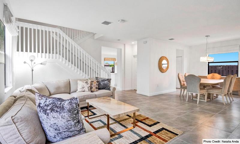 04-Via-Ventura-Lennar-Homes-Living-Room-2020