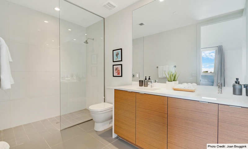 13-250-Wynwood-Bathroom-2020