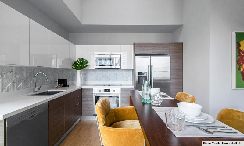13-Brickell-Ten-Aug-2020-Kitchen
