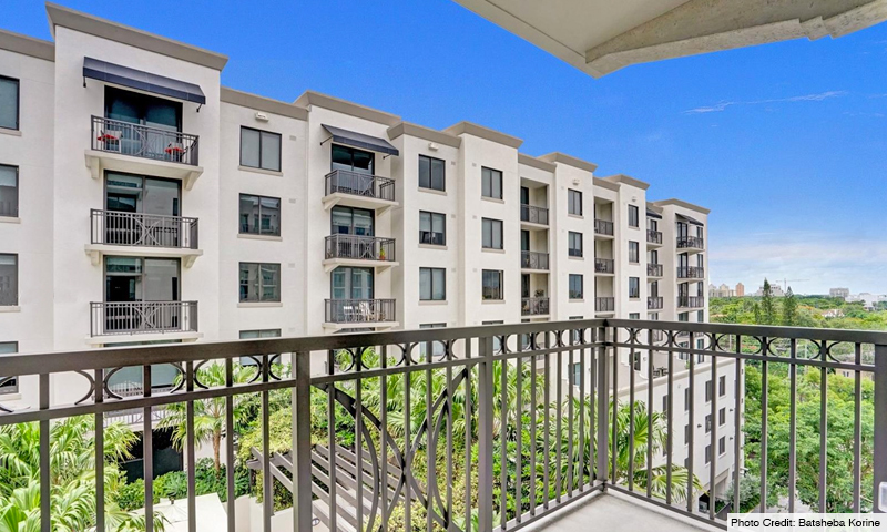 13-Merrick-Manor-Balcony-2020