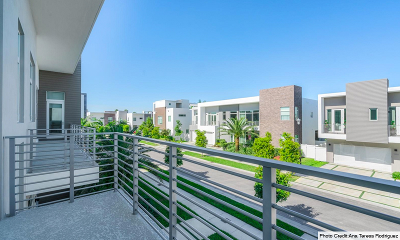 21-Mansions-at-Doral-Balcony-2020