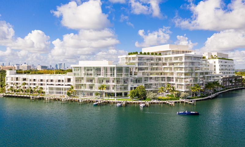 03-Ritz-Carlton-Miami-Beach-Building-2020