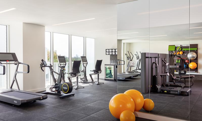 07-Ritz-Carlton-Miami-Beach-Fitness-Center-2020
