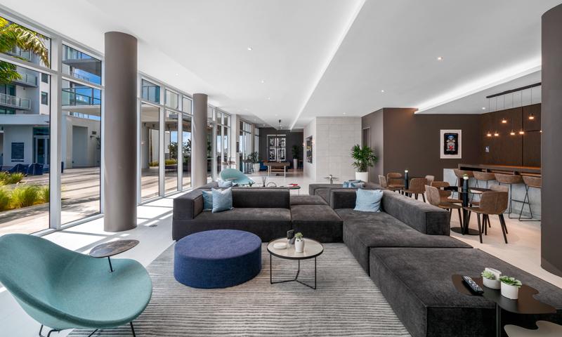 17-Quadro-Lounge-2020