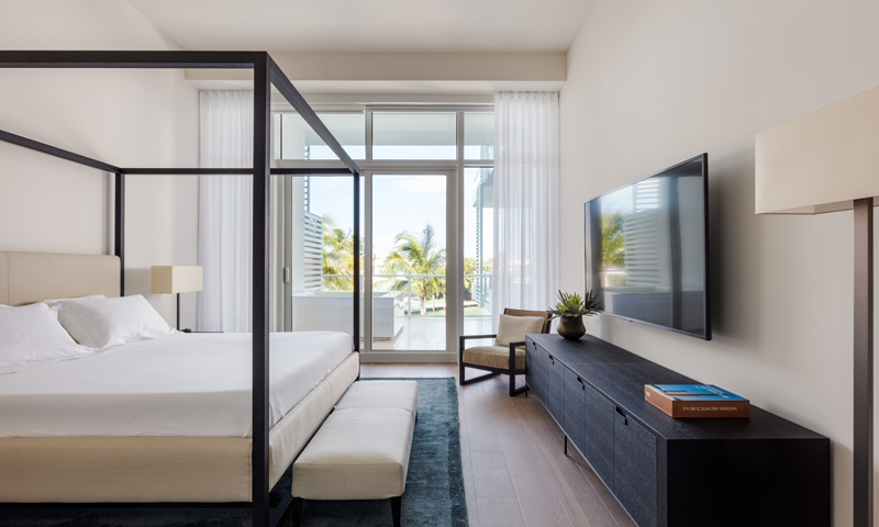 19-Ritz-Carlton-Miami-Beach-Bedroom-2020