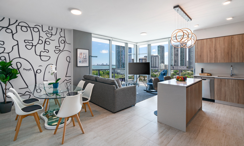 20-Quadro-Living-Room-and-Dining-Area-2020
