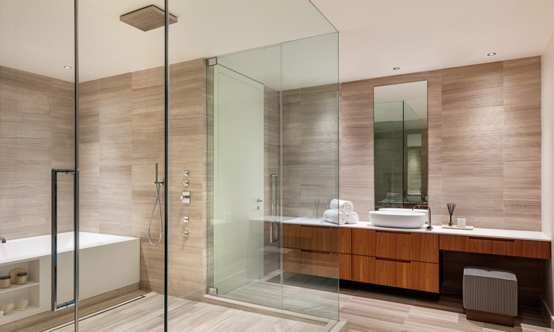 22-Ritz-Carlton-Miami-Beach-Bathroom-2020
