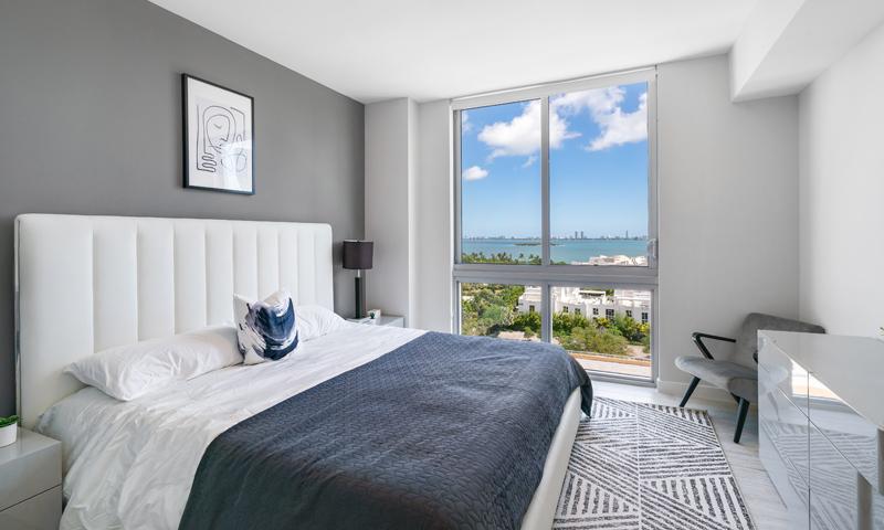 25-Quadro-Bedroom-2020