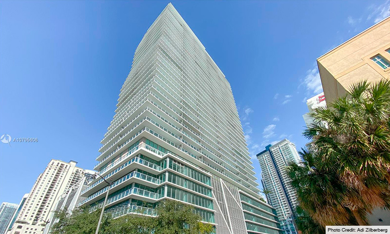 02-Axis-on-Brickell-2021-Building