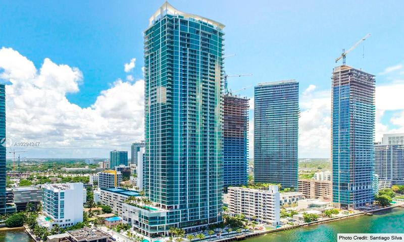 02-Biscayne-Beach-2021-Building