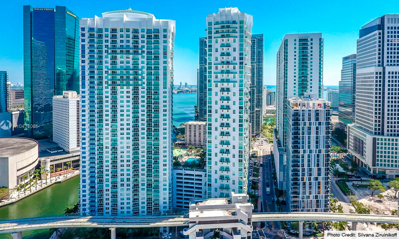 02-Brickell-on-The-River-North-2021-Building