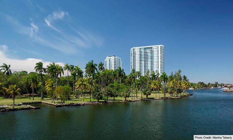02b-Terrazas-Miami-2021-Building