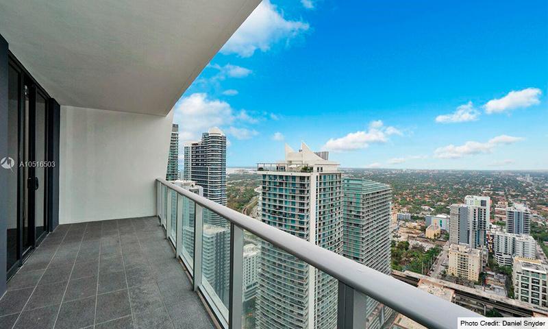 07-1010-Brickell-2021-Residence