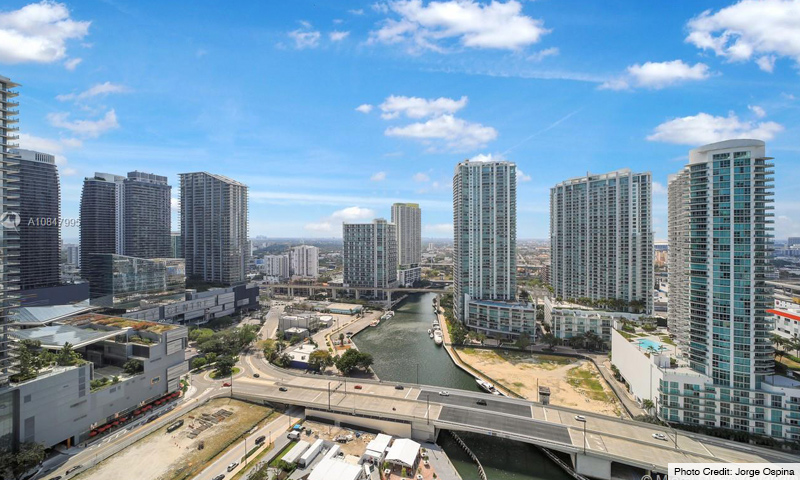 09-Brickell-on-The-River-North-2021-Residence