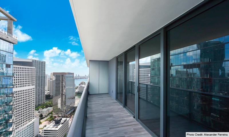 09-SLS-Lux-2021-Residence