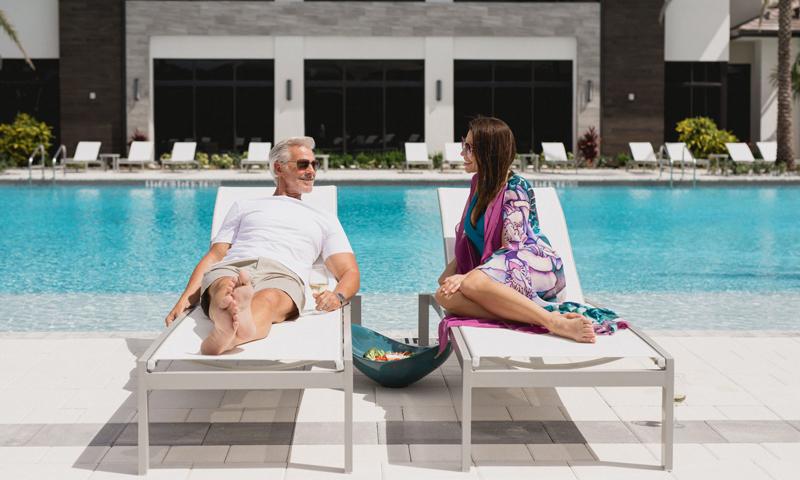 10-Canarias-Doral-Homes-2021-Pool