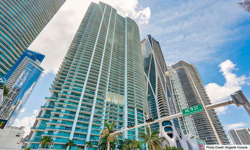 02-900-Biscayne-Bay-2021-Building