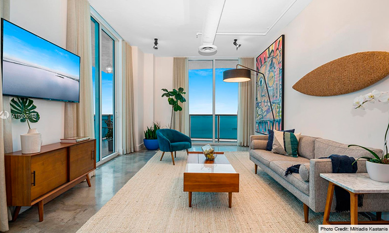 05-Star-Lofts-on-the-Bay-2021-Residence