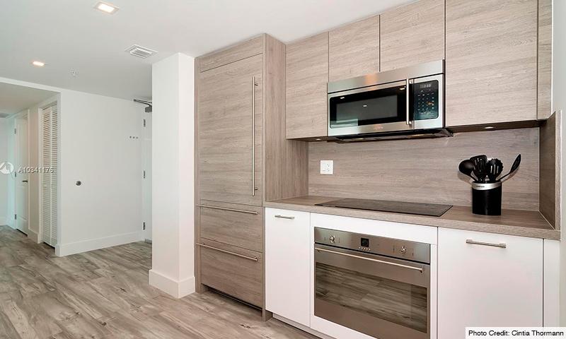 08-400-Sunny-Isles-2021-Residence