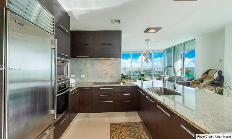 08-900-Biscayne-Bay-2021-Residence