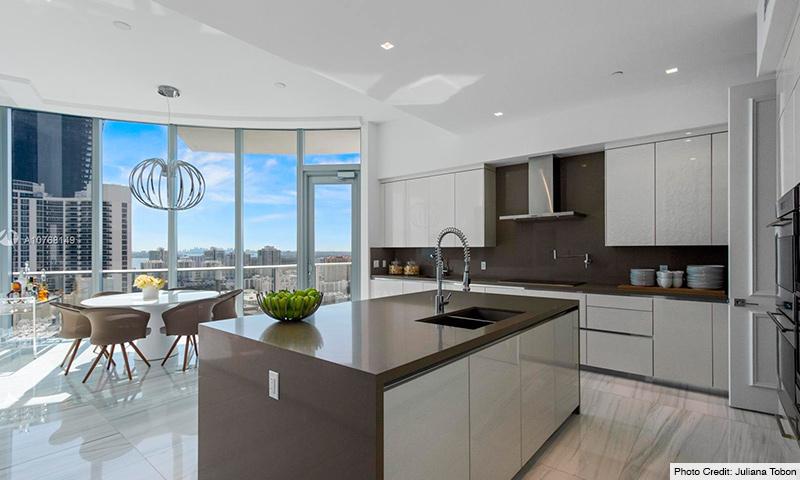 08-Chateau-Beach-2021-Residence