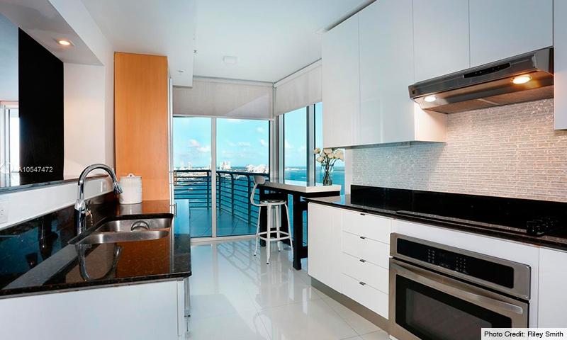 08-One-Miami-2021-Residence