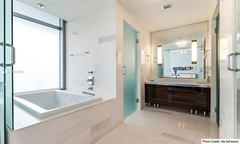 10-Calypso-at-Caribbean-2021-Residence