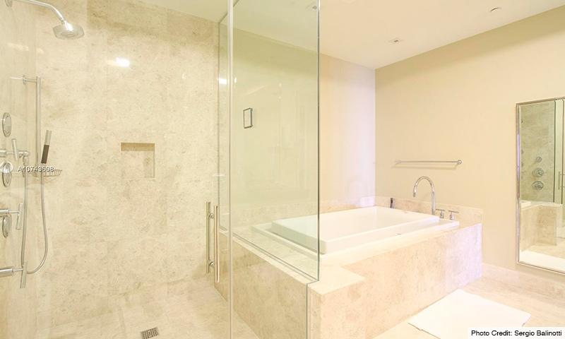 10-St-Regis-2021-Residence