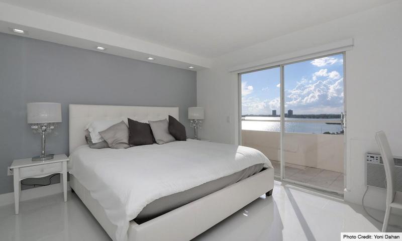 08-Bayshore-Yacht-and-Tennis-Club-Bedroom