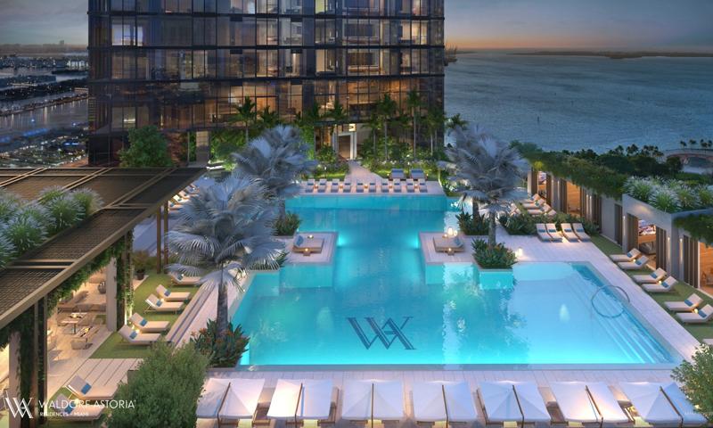 02-Waldorf-Astoria-Pool